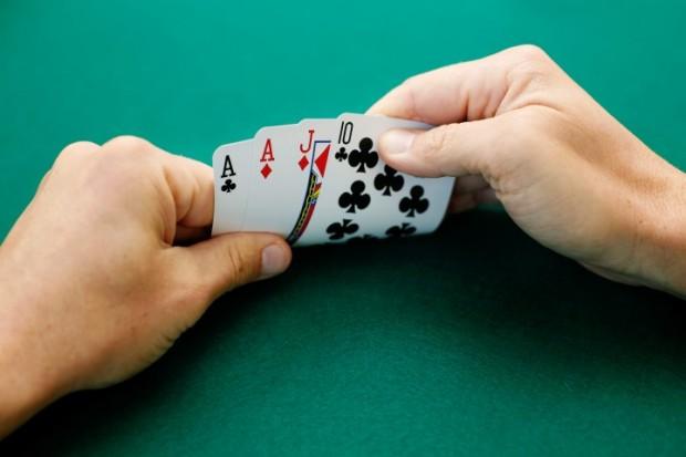 Online checkers gambling